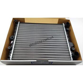 Радиатор охлаждения Таврия Славута Luzar 0410