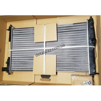 Радиатор охлаждения Ланос с кондиционером Nissens 61654